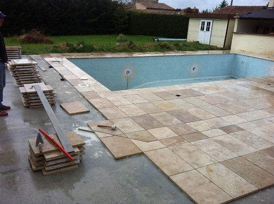 Dalle travertin 40 60 1er choix carrelage en pierre naturelle for Epaisseur mini dalle beton exterieur