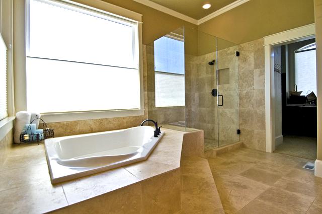 travertin salle de bain douche evier